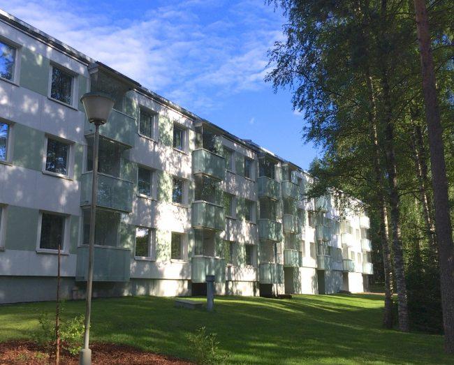 Wohnblock in Tampere. Doch,doch, hier wohnen Menschen, man lässt das halt nicht so raushängen.
